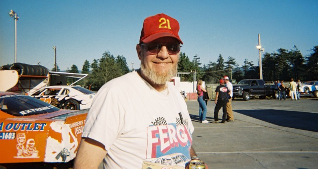 Fergy enjoying the sun in his vintage Fergy shirt in the pits after the Fall Spectacular 2005