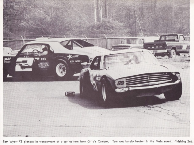 Tom Wyatt and Charlie Crile at Redwood Acres 1976, the day of Tom's close finish with Don Price (from the Stock Report)